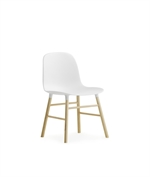 390000 Form miniature chair white fra Normann Copenhagen - Fransenhome